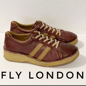 Authentic Fly London leather shoes Sz 11